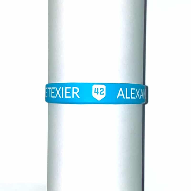 Bracelet bleu clair Alexandre Texier